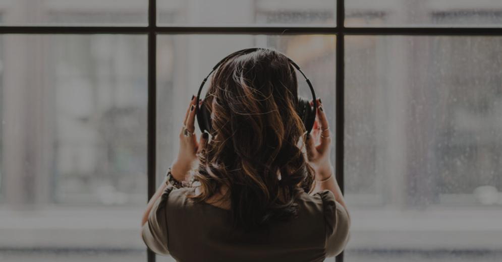 8 SEO & Growth Marketing Podcasts